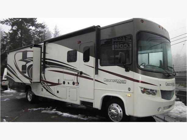 2017 Forest River Georgetown 364TS -