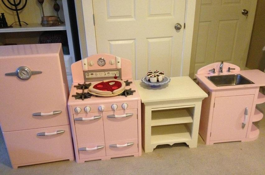 Pottery Barn Kids Retro Kitchen Saanich Victoria