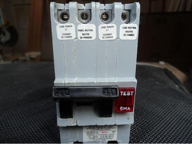 New Price! 40 amp 2 pole GFI Federal Pioneer breaker