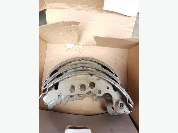 TRACKER BRAKE SHOES AND AIR FILTER