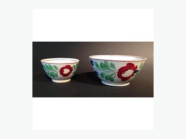 Pair of antique spongeware (spatter ware) bowls