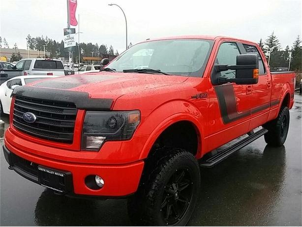 2014 Ford F-150 2014 Ford F150 FX4 leather loaded lifted onboard a