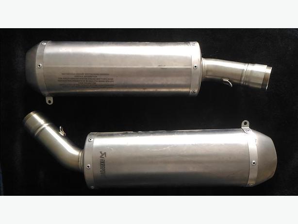 Titanium Akrapovic mufflers