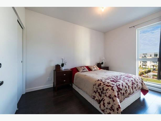 Modern 3 1/2 Condo for Rent with Appliances and Indoor Parking