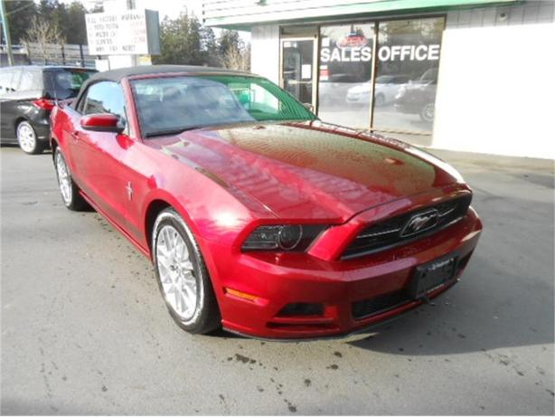 2014 Ford Mustang Premium V6 Convertible