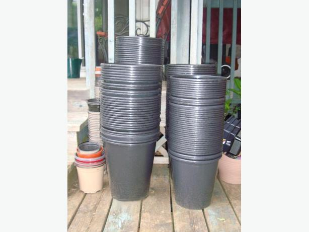Many Flower Pots Buckets Planters High Quality: $1 each all sizes