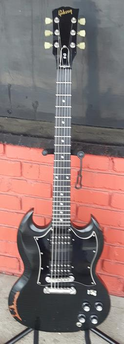 95 gibson sg relic electric guitar with case outside victoria victoria. Black Bedroom Furniture Sets. Home Design Ideas