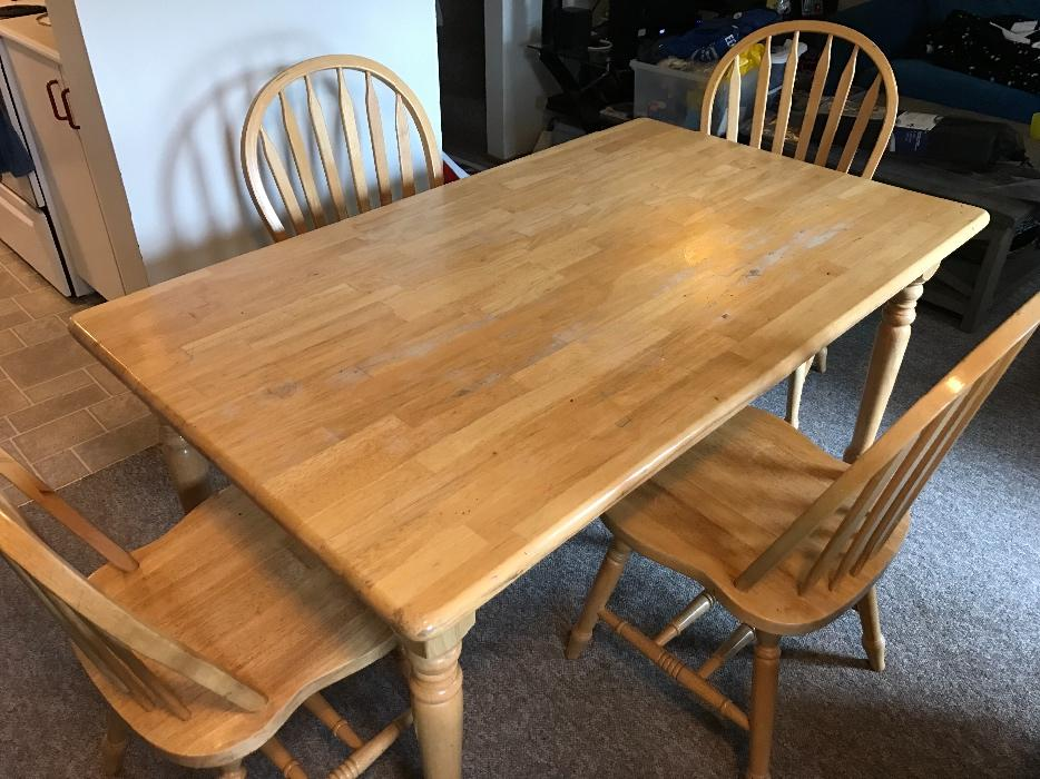 Solid wood dining table 4 chairs saanich victoria mobile for Dining room tables victoria bc