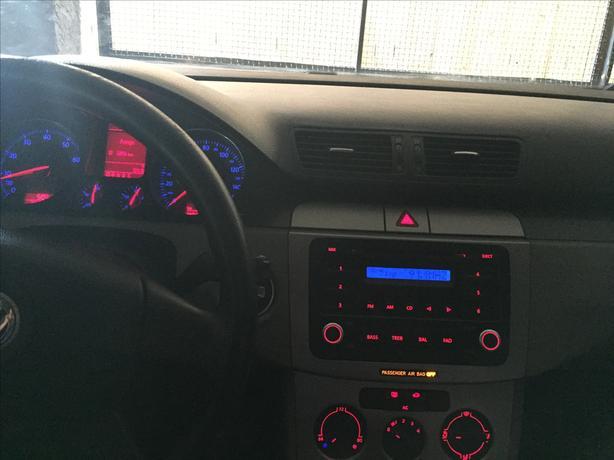 2006 Volkswagen Passat 2.0LT - CALGARY