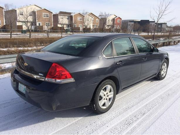 2008 CHEVROLET IMPALA IN PERFECT CONDITION