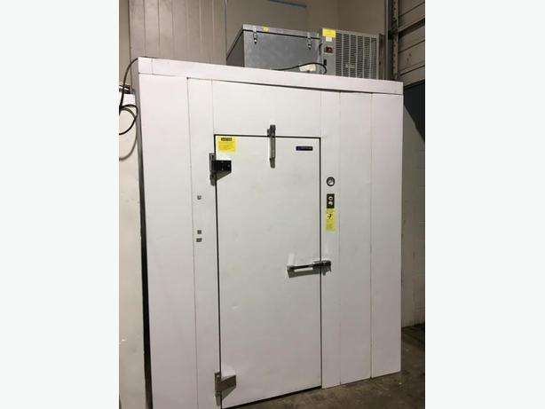 WALK IN COOLER/BLAST CHILLER(2YRS OLD) PLUG IT IN/START CHILLING