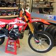 2017 BETA 300RR Two-Stroke Enduro NEW Motorcycle Dirtbike L@@K!