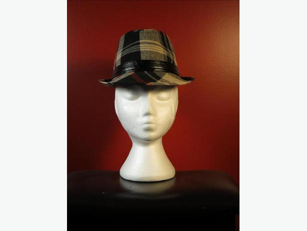 Men's Plaid Fedora (Size S/M)