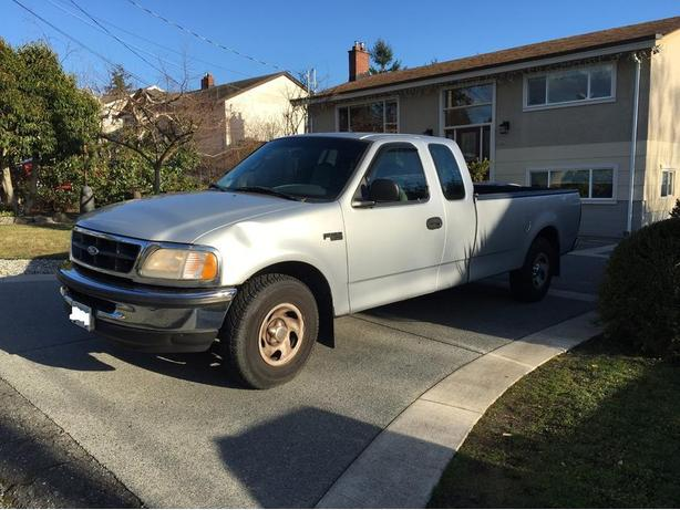 1997 ford f150 long box club cab great work truck saanich. Black Bedroom Furniture Sets. Home Design Ideas
