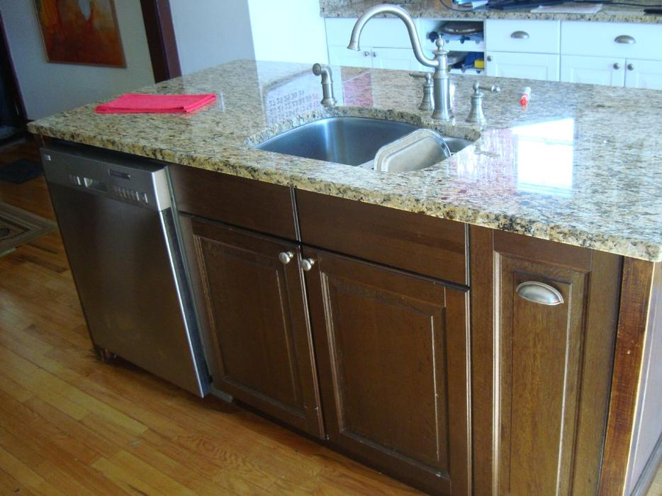 Granite Kitchen Island with Dishwasher and Sink - $5000 Central Ottawa ...