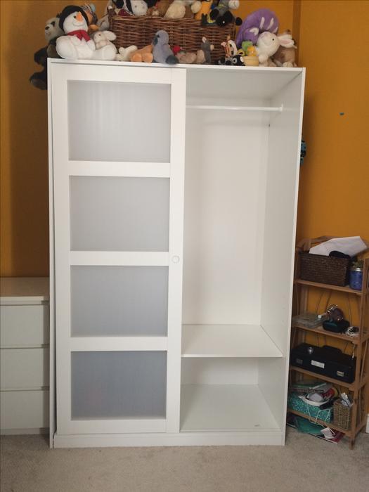 Ikea Kvikne Wardrobe With 2 Sliding Doors Oak Bay Victoria