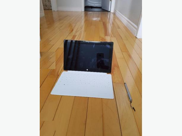 Microsoft Surface RT tablet- 32gb -10.1' screen