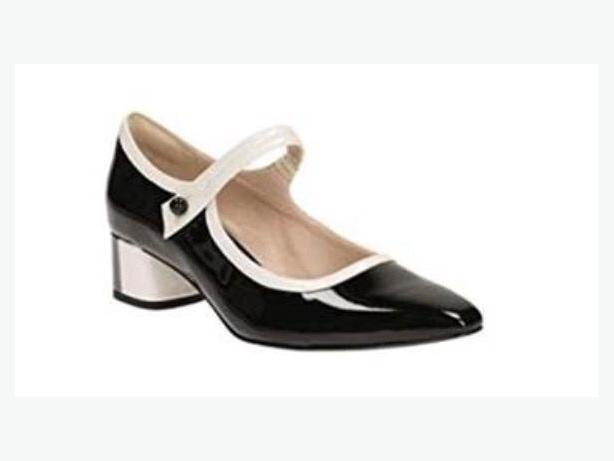 Clarkes patent leather pumps, sz 9, never worn