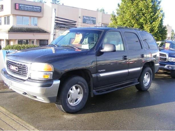HARRIS CHEV...PARKSVILLE CLEARANCE CENTRE..2003 YUKON LT..LOADED