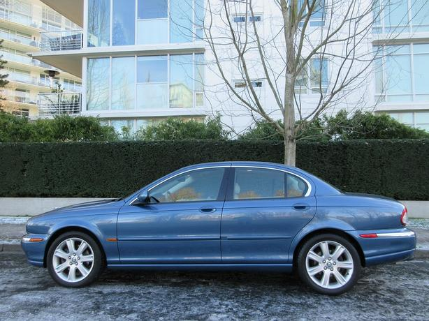 2003 Jaguar X-Type 3.0 AWD - FULLY LOADED! - LOCAL BC! - NO ACCIDENTS!