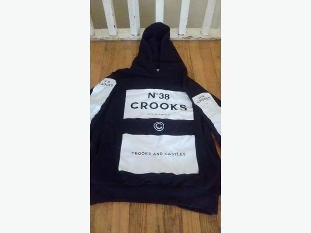 "Excellent condition, Mens Small ""Crooks"" Hoodie"