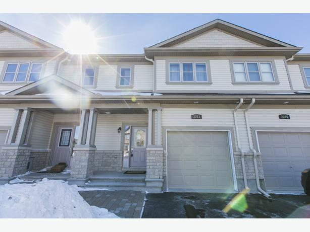 Pristine Cardel Townhome FOR SALE in Orleans
