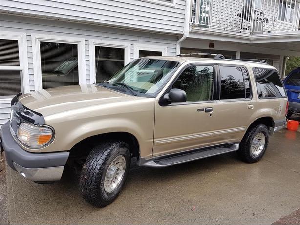 2000 Ford Explorer XLT 4x4