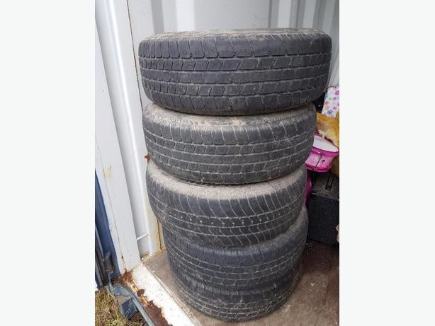 """1 sets of 5 x114. 14""""Toyota rims and tires"""
