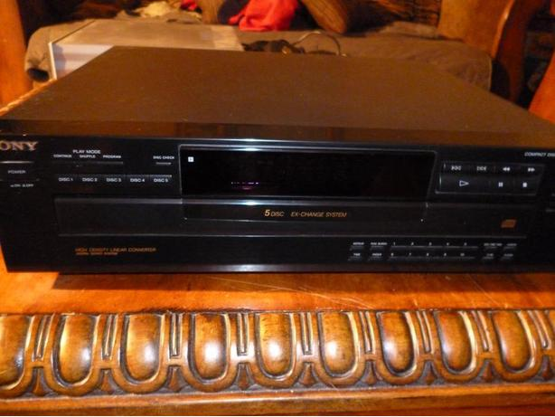 Sony CDP-C365 5 Disc CD Player with Remote & Manual