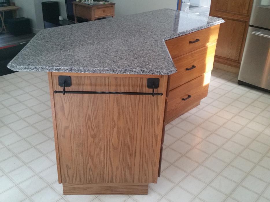 kitchen island for sale courtenay courtenay comox mobile. Black Bedroom Furniture Sets. Home Design Ideas