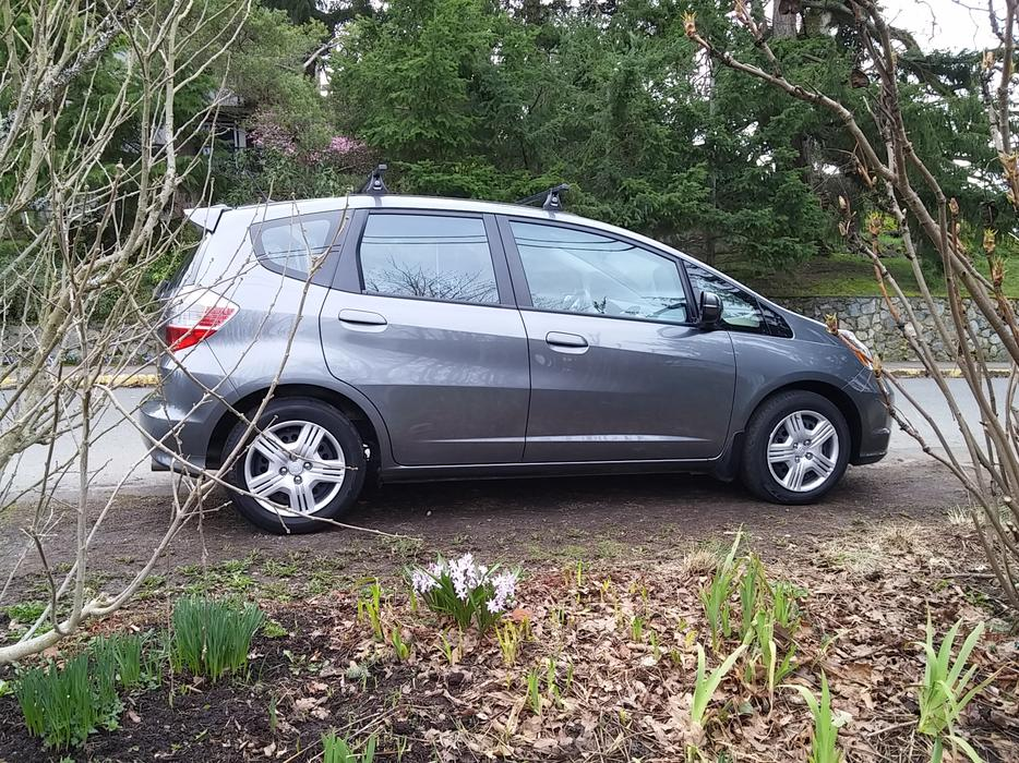 2013 Honda Fit Lx At With Thule Roof Rack Amp Low Mileage
