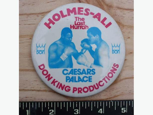1980 Muhammad Ali - Larry Holmes Button