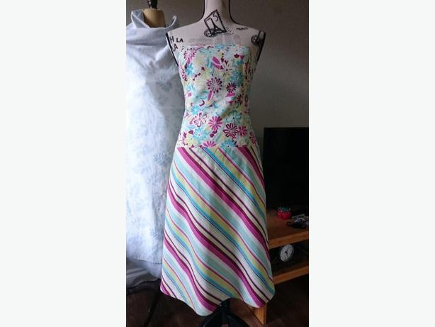Sweet Chemise Strapless Cotton Dress - Made in Canada, Size 6