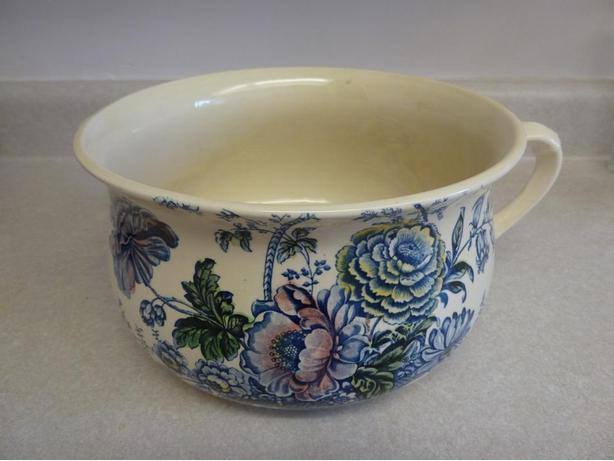 Royal Staffordshire Reproduction P Pot (never used show only) LOL