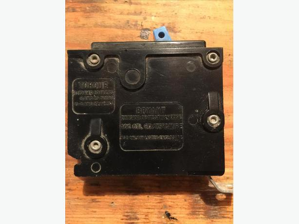 100+ Westinghouse Sylvania Square D Breakers