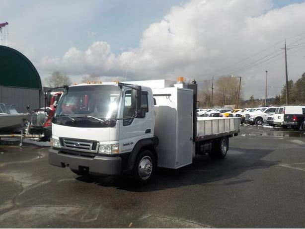 2009 Ford LCF 550 Regular Cab Dually Long Box 2WD Diesel with Dump