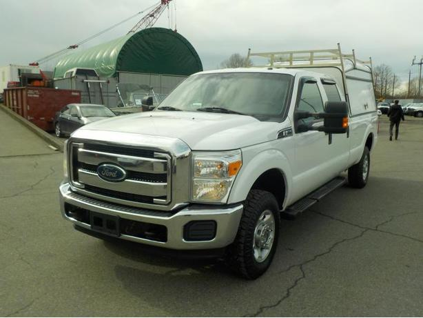 2012 Ford F-350 Sd Xlt Crew Cab 4WD with Service Box