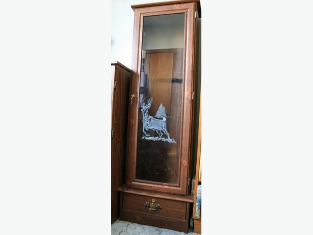 Solid Wood Gun Display Cabinet With Decorative Glass Door, Separate Storage  Draw, Holds 6 Long Guns, Both Compartments Lockable,keys With Unit. Height  5u0027 ...