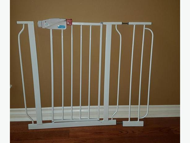 Free Regalo Baby Gate West Shore Langford Colwood Metchosin