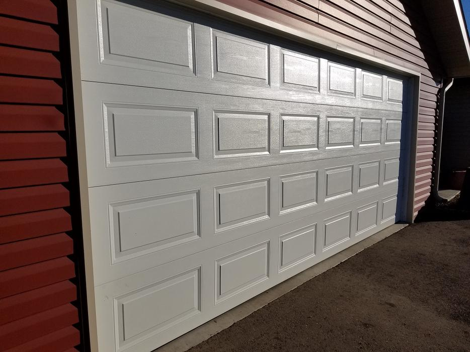Garage Doors Assorted Sizes Special Pricing Includes