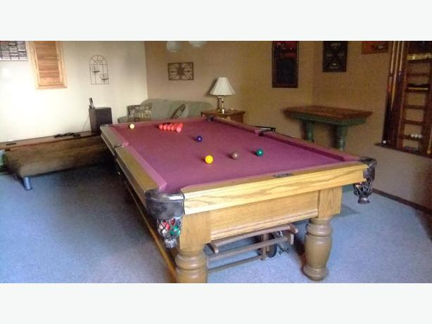 DUFFERIN POOL TABLE Cobble Hill Cowichan - Dufferin pool table
