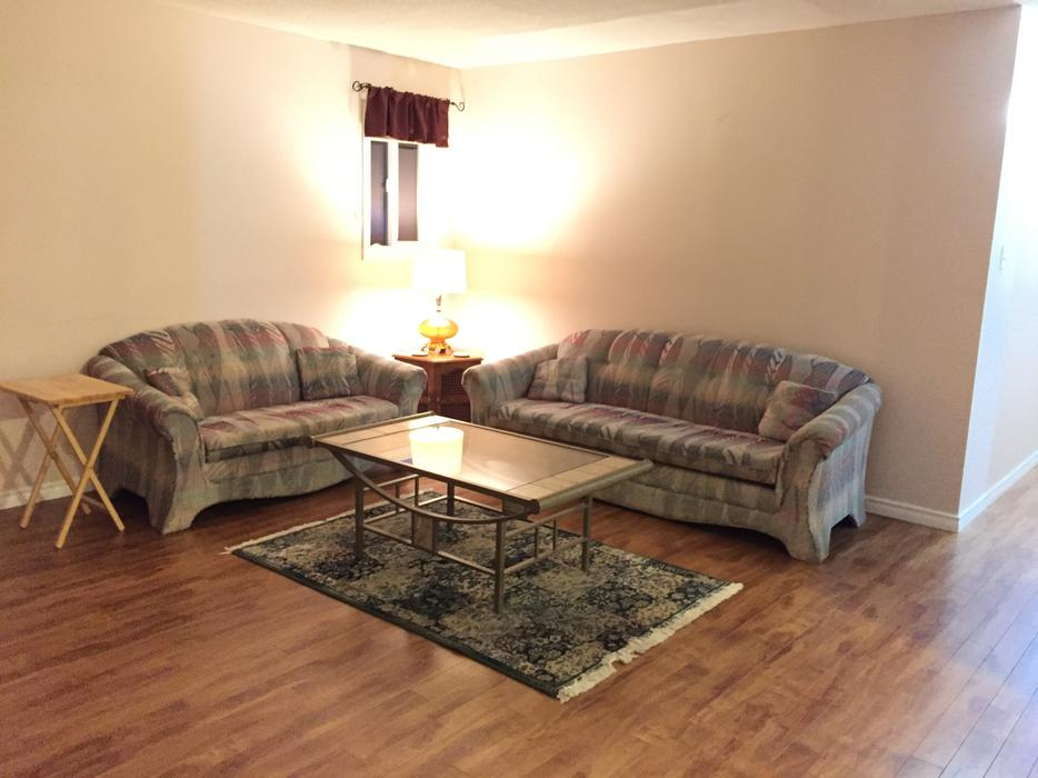 Rooms For Rent In South West Calgary