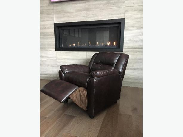 OBO - Childrens Brown Recliner Chair