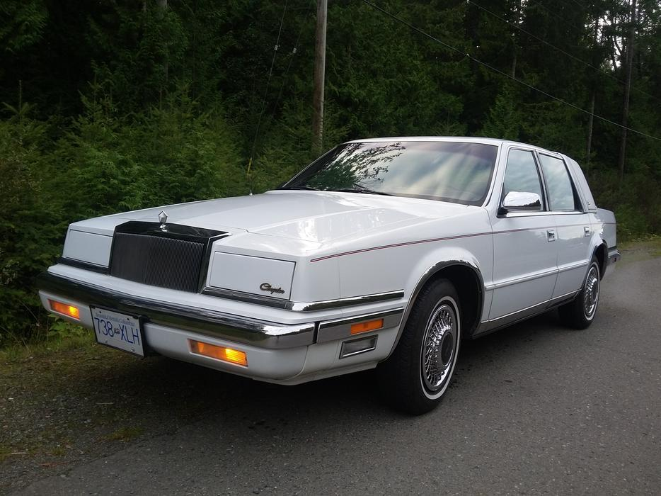 1990 chrysler new yorker landau outside victoria victoria for 1990 chrysler new yorker salon