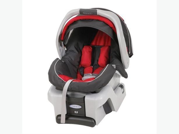 brand new graco snugride infant car seat with extra base rural regina regina. Black Bedroom Furniture Sets. Home Design Ideas