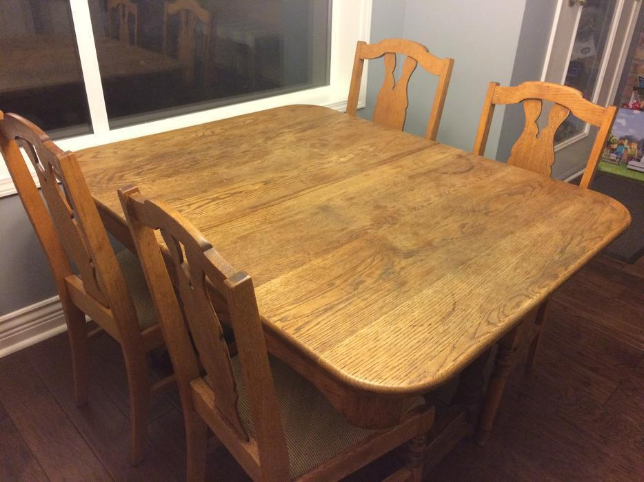 Dining room table with 6 chairs and leaf north saanich for Dining room tables victoria