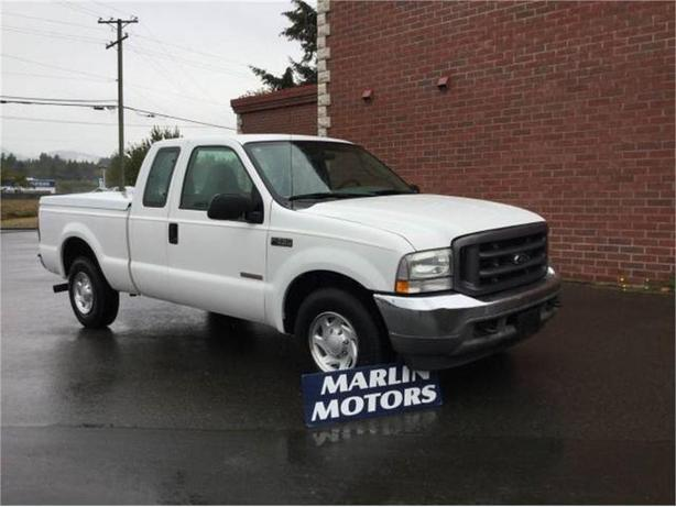 2003 Ford F-250 XL SuperCab 2WD