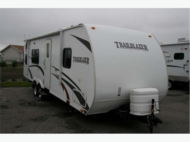 2009 KOMFORT TrailBlazer 278BH