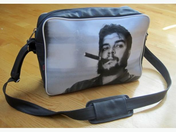 Che Guevara Flight Bag ~ ARK
