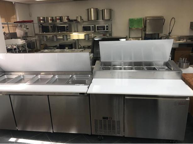 Restaurant Salad, Sandwich, Pizza Prep Table, Preperation Equipment, Cold Table,